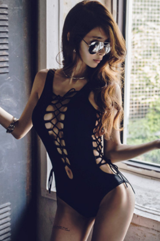 Fashion women black polyline cross lace up one piece bikini show thin